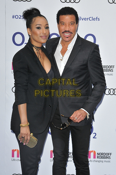 Lisa Parigi &amp; Lionel Richie at the Nordoff Robbins O2 Silver Clef Awards 2016, Grosvenor House Hotel, Park Lane, London, England, UK, on Friday 01 July 2016.<br /> CAP/CAN<br /> &copy;CAN/Capital Pictures