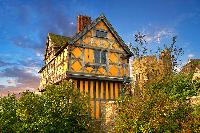 The half timbered gate house  built in the 1280s, the  finest fortified medieval manor house in England, Stokesay Castle, Shropshire, England