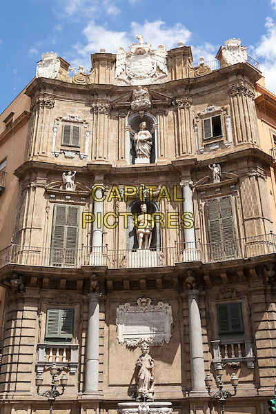 One of four buildings, Quattro Canti, Corso Vittorio Emanuele and Via Maqueda, Piazza Vigliena, Palermo, Sicily, Italy<br /> August 2015<br /> CAP/MEL<br /> &copy;MEL/Capital Pictures