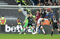 Chris Wood of Burnley scores the second Goal and celebrates and equalises during West Ham United vs Burnley, Premier League Football at The London Stadium on 3rd November 2018