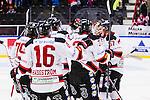 S&ouml;dert&auml;lje 2014-01-06 Ishockey Hockeyallsvenskan S&ouml;dert&auml;lje SK - Malm&ouml; Redhawks :  <br />  Malm&ouml; Redhawks m&aring;lvakt Robin Rahm har r&auml;ddat den sista straffen  straffl&auml;ggningen och kramas om av glada lagkamrater<br /> (Foto: Kenta J&ouml;nsson) Nyckelord:  jubel gl&auml;dje lycka glad happy