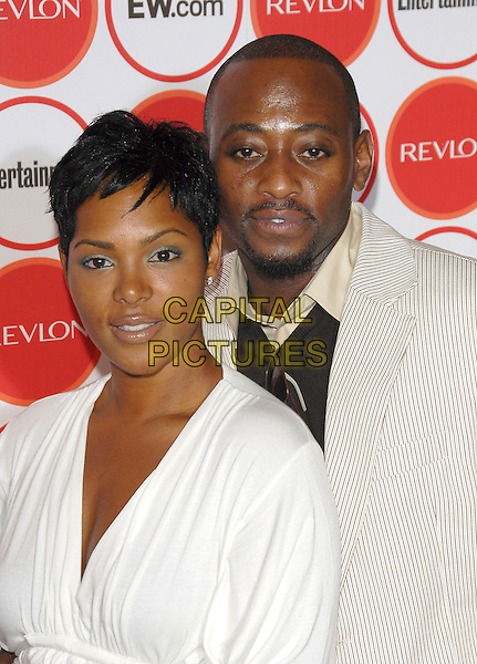 OMAR EPPS & GUEST.attends The Entertainment Weekly Pre-Emmy Party held at Republic in West Hollywood, California, USA,.August 26, 2006.portrait headshot .Ref: DVS.www.capitalpictures.com.sales@capitalpictures.com.©Debbie VanStory/Capital Pictures