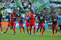 MEDELLÍN-COLOMBIA, 25-08-2019: Jugadores de Deportivo Independiente Medellín, celebran el gol anotado a Atlético Nacional, durante partido de la fecha 8 entre Atlético Nacional y Deportivo Independiente Medellín, por la Liga Águila II 2019, jugado en el estadio Atanasio Girardot de la ciudad de Medellín. / Players of Deportivo Independiente Medellin, celebrate the scored goal to Atlético Nacional, during a match of the 8th date between Atletico Nacional and Deportivo Independiente Medellin, for the Aguila Leguaje II 2019 played at the Atanasio Girardot Stadium in Medellin city. / Photo: VizzorImage / León Monsalve / Cont.