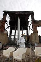 NAPOLI 05/05/2013 INCENDIO IL MUSEO DI CITTA DELLA SCIENZA.NELLA FOTO LA POLIZIA SCIENTIFICA AL LAVORO. FOTO CIRO DE LUCA