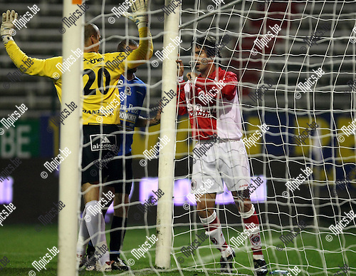 2009-10-28 / Voetbal / BVB / R Antwerp FC - Dender / Sebastian Setti (Antwerp) miste een kans..foto: mpics
