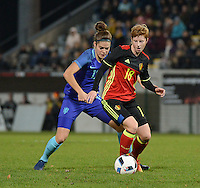 20161124 - LEUVEN ,  BELGIUM : Belgian Lien Mermans (R) and Dutch Tessa Middag (L)  pictured during the female soccer game between the Belgian Red Flames and The Netherlands , a friendly game before the European Championship in The Netherlands 2017  , Thursday 24 th November 2016 at Stadion Den Dreef  in Leuven , Belgium. PHOTO SPORTPIX.BE | DIRK VUYLSTEKE