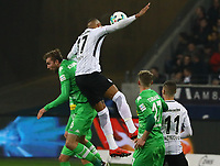 Kevin-Prince Boateng (Eintracht Frankfurt) gegen Christoph Kramer (Borussia Mönchengladbach) - 26.01.2018: Eintracht Frankfurt vs. Borussia Moenchengladbach, Commerzbank Arena