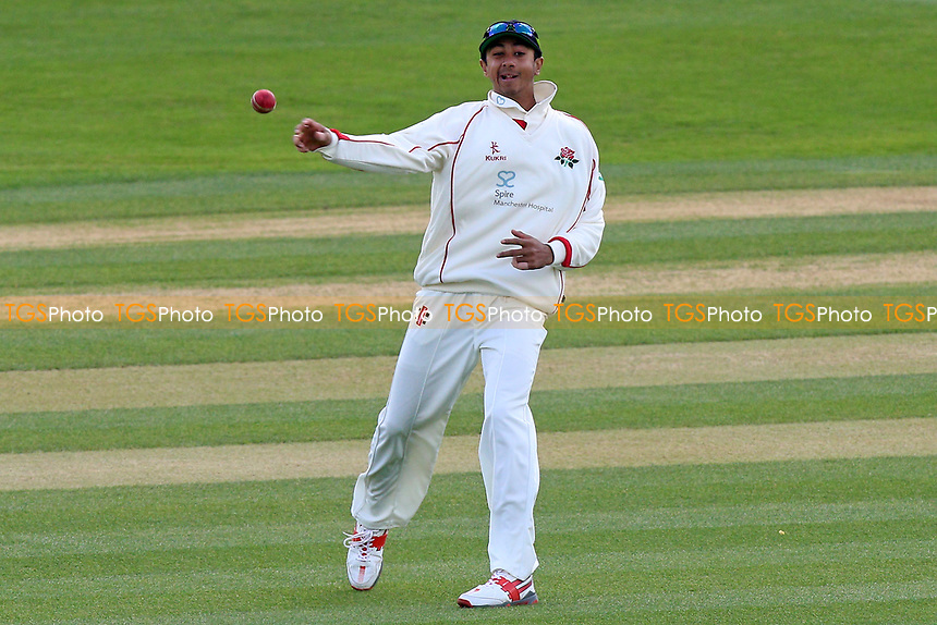 Haseeb Hameed of Lancashire throws the ball during Essex CCC vs Lancashire CCC, Specsavers County Championship Division 1 Cricket at The Cloudfm County Ground on 10th April 2017