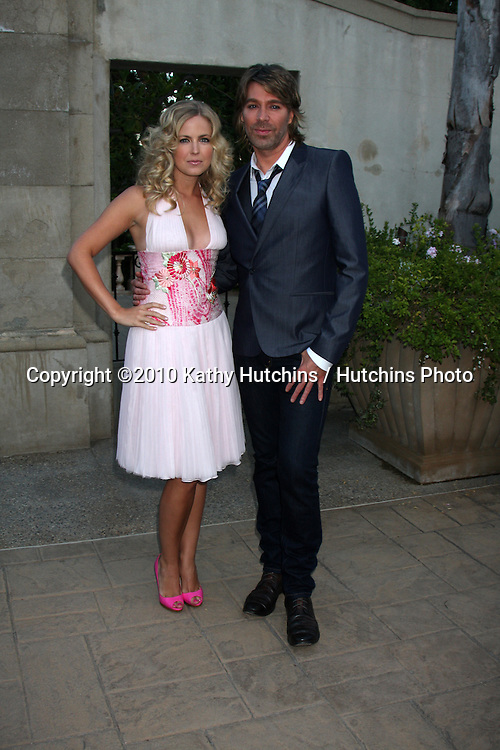 LOS ANGELES - JUL 24:  Keri Lynn Pratt & Chaz Dean arrives at  the 12th Annual HollyRod Foundation DesignCare Event at Ron Burkle's Green Acres Estate on July24, 2010 in Beverly Hills, CA ....