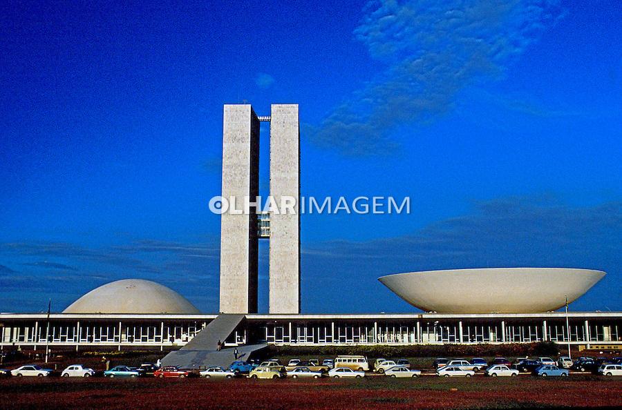 Edifício do Congresso Nacional. Brasília. 1986. Foto de Juca Martins.
