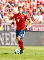 Niklas SUELE, FCB 4    <br /> FC BAYERN MUENCHEN - VFB STUTTGART 1-4<br /> Football 1. Bundesliga , Muenchen,12.05.2018, 34. match day,  2017/2018, , 28.Meistertitel, <br />   *** Local Caption *** © pixathlon<br /> Contact: +49-40-22 63 02 60 , info@pixathlon.de