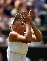 20030628, London, Tennis, Wimbledon, Maria Sharapove kan her niet geloven, zij plaats zich voor de vierde ronde door Jelena Dockic te verslaan