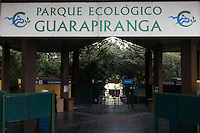 SAO PAULO, SP - 31.05.2015 - ABRA&Ccedil;O A GUARAPIRANGA - Edi&ccedil;&atilde;o 2015 do Abra&ccedil;o a Guarapiranga foi realizado na manh&atilde; deste domingo (31) na zona sul de S&atilde;o Paulo. O ponto do evento dentro do Pq. Ecol&oacute;gico do Guarapiranga teve a presen&ccedil;a de autoridades locais, como o vereador Paulo Batista dos Reis e Arselino Tatto al&eacute;m de atra&ccedil;&otilde;es e da missa comandada pela comunidade religiosa local.<br /> <br /> (Foto: Fabricio Bomjardim / Brazil Photo Press)