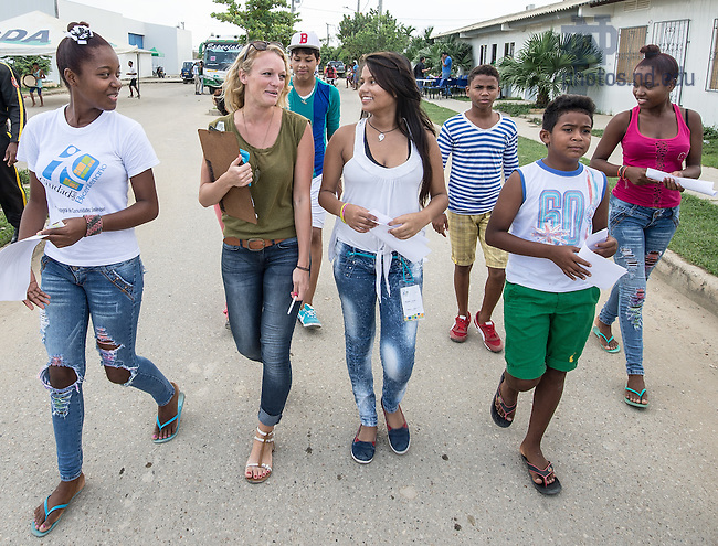 Oct. 24, 2014; Carolyn Edlebeck, Kroc Institute master degree student, doing field work with teens in Cartagena, Colombia. (Photo by Matt Cashore/University of Notre Dame)