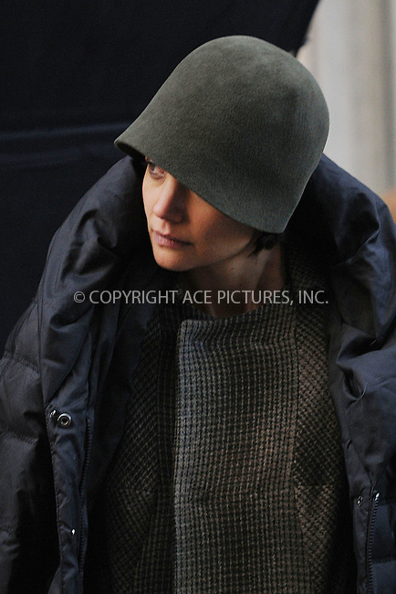 WWW.ACEPIXS.COM . . . . . ....February 25 2009, New York City....Actress Katie Holmes was on the Chelsea set of her new movie 'The Extra Man' on February 25 2009 in New York City....Please byline: KRISTIN CALLAHAN - ACEPIXS.COM.. . . . . . ..Ace Pictures, Inc:  ..(212) 243-8787 or (646) 679 0430..e-mail: picturedesk@acepixs.com..web: http://www.acepixs.com
