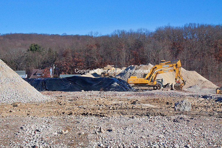 NAUGATUCK CT- DECEMBER 06 2012 -120612DA03- Construction has begun again at the former Peter Paul factory on New Haven Rd. in Naugatuck..Darlene Douty Republican American
