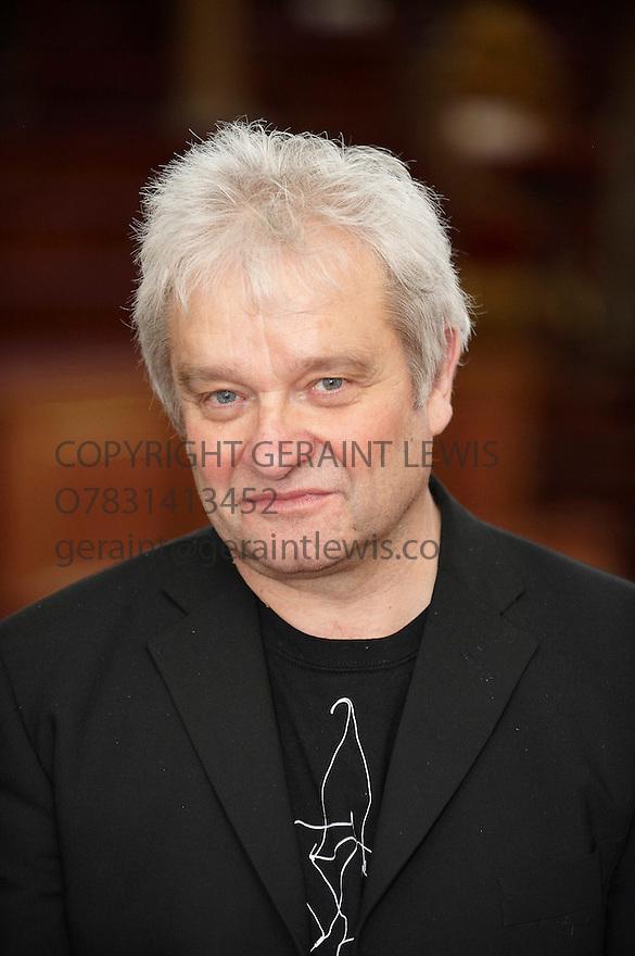 Paul Nurse,Writerat The Sheldonian Theatre at The Oxford Literary Festival 2010.CREDIT Geraint Lewis