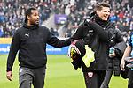 09.11.2019, Stadion an der Bremer Brücke, Osnabrück, GER, 2. FBL, VfL Osnabrueck vs. VfB Stuttgart<br /> <br /> ,DFL REGULATIONS PROHIBIT ANY USE OF PHOTOGRAPHS AS IMAGE SEQUENCES AND/OR QUASI-VIDEO, <br />   <br /> im Bild<br /> v.li. Trainer Daniel Thioune (VfL Osnabrück) und Mario Gomez (VfB Stuttgart #27)<br /> <br /> <br /> Foto © nordphoto / Paetzel
