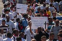 SÃO PAULO, SP, 28.10.2014-PROTESTO PELA MORTE DO MOTORISTA  - Motoristas e cobradores realizam ato em protesto a morte do motorista John CarlosSoares Brandão. O protesto acontece na tarde desta terça-feira (28), na região central de São Paulo. (Foto: Taba Benedicto/ Brazil Photo Press)