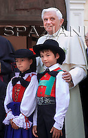 Arrives in Bressanone,Benedict XVI  his Alpine vacation in this mountain resort .July 28,2008