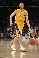 02/22/11 Los Angeles, CA: Los Angeles Lakers point guard Steve Blake #5 during an NBA game between the Los Angeles Lakers and the Atlanta Hawks at the Staples Center. The Lakers defeated the Hawks 104-80.