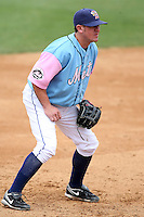 May 3, 2009:  Third Baseman Mark Kiger of the Binghamton Mets, Eastern League Class-AA affiliate of the New York Mets, during a game at the NYSEG Stadium in Binghamton, NY.  The Mets wore special blue and pink jerseys that were auctioned off after the game to benefit breast and prostate cancer.  Photo by:  Mike Janes/Four Seam Images