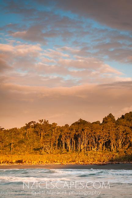 Sunset over Gillespies Beach, Westland Tai Poutini National Park, UNESCO World Heritage Area, West Coast, New Zealand, NZ