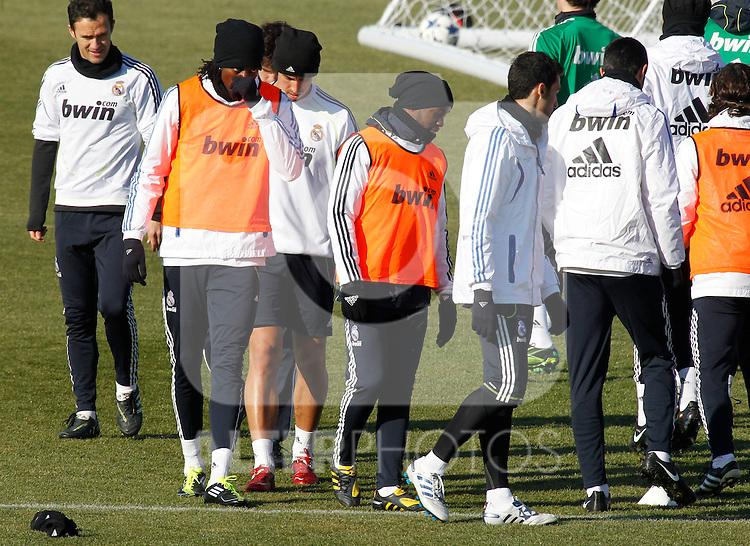 Madrid.- (01/02/2011).-Ciudad Deportiva de Valdebebas..Entrenamiento del Real Madrid..Emmanuel Adebayor, Lass Diarra...Photo: Alex Cid-Fuentes / ALFAQUI