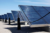 Zonnecollectoren bij het Zoneiland in Almere