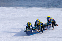 Amérique/Amérique du Nord/Canada/Québec/ Québec: Course en Canot à glace du Carnaval, traversée en canot du Saint-Laurent gelè depuis le port de  Québec jusqu'à Levis