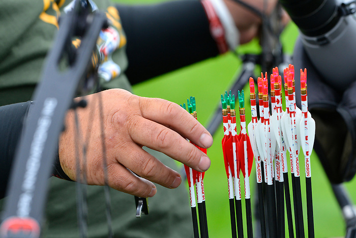 LONDON, ENGLAND 27/08/2012 - Bob Hudson of the Canadian Paralympic Archery Team reaches for an arrow during a training session at the London 2012 Paralympic Games at The Royal Artillery Barracks. (Photo: Phillip MacCallum/Canadian Paralympic Committee)