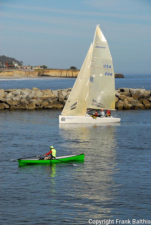 Sailing and kayaking in Santa Cruz harbor