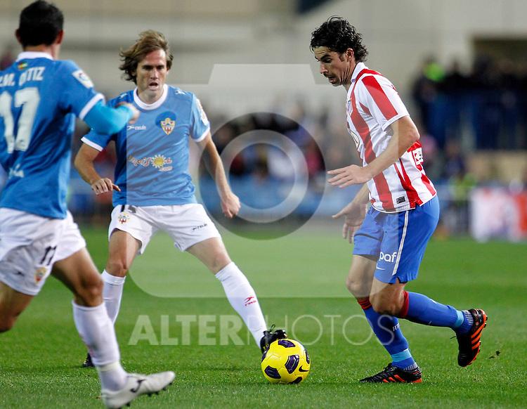 Madrid (31/10/10).- Estadio Vicente Caldeon..Campeonato Nacional de Liga..Atco. Madrid 1- Almeria 1..Tiago y Corona...©Alex Cid-Fuentes/ ALFAQUI..