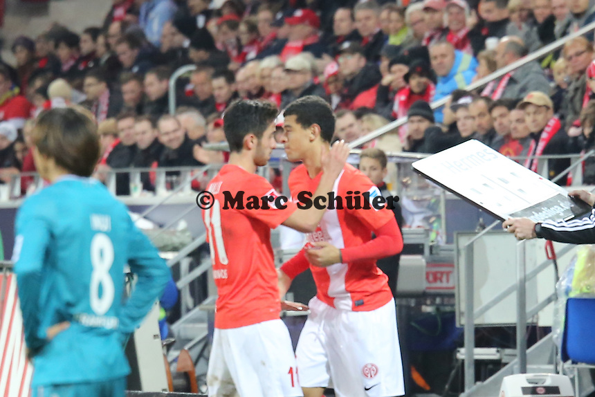 Shawn Parker (Mainz) kommt für Yunus Malli - 1. FSV Mainz 05 vs. Eintracht Frankfurt, Coface Arena, 12. Spieltag