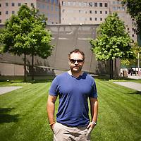 HSUL 20140530 United States, New York. Visitors at the 9/11 Memorial. Matt Patzlaff. Photographer: David Brabyn