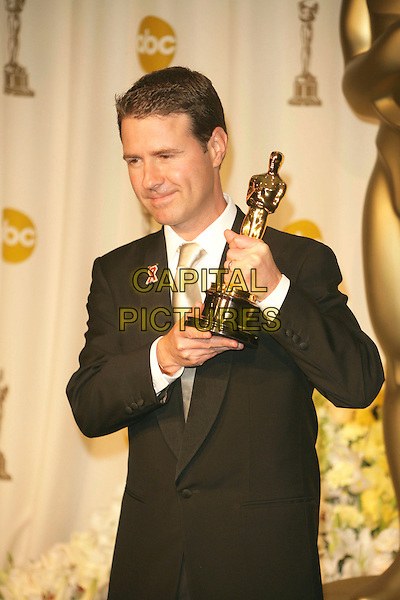 DION BEEBE.The 78th Annual Academy Awards - Press Room, held at the Kodak Theatre, Los Angeles, California, USA, .5th March 2006..oscars half length holding oscar winner.Ref: ADM/RE.www.capitalpictures.com.sales@capitalpictures.com.©Russ Elliot/AdMedia/Capital Pictures.