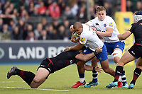 Jonathan Joseph of Bath Rugby takes on the Saracens defence. Aviva Premiership match, between Saracens and Bath Rugby on April 15, 2018 at Allianz Park in London, England. Photo by: Patrick Khachfe / Onside Images