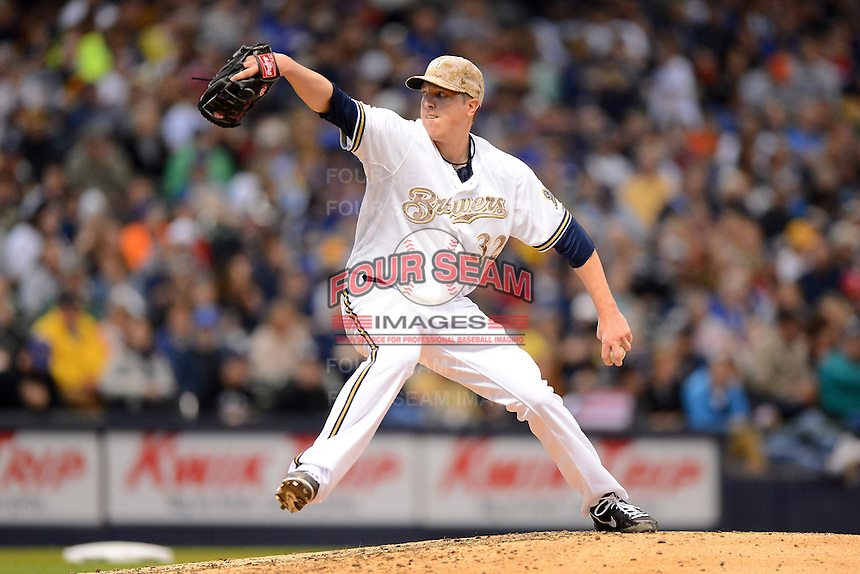 Milwaukee Brewers pitcher Tom Gorzelanny #32 during a game against the Minnesota Twins at Miller Park on May 27, 2013 in Milwaukee, Wisconsin.  Minnesota defeated Milwaukee 6-3.  (Mike Janes/Four Seam Images)