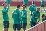 10.01.2020, Sportzentrum RCD Mallorca, Son Bibiloni, ESP, TL Werder Bremen -  Training Tag 07<br /> <br /> im Bild / picture shows <br /> Trinkpause Sebastian Langkamp (Werder Bremen #15)<br /> Marco Friedl (Werder Bremen #32)<br /> Yuya Osako (Werder Bremen #08)<br /> Claudio Pizarro (Werder Bremen #14)<br /> <br /> Foto © nordphoto / Kokenge