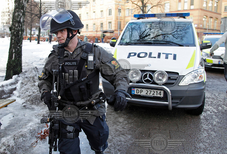 A man fired several shots on the grounds of Ullevaal hospital in Oslo. After some time the man was arrested. Photo:Fredrik Naumann/Felix Features<br /> <br /> Skyting Ullev&aring;l Sykehus.<br /> Gjerningsmann p&aring;grepet av politiet.