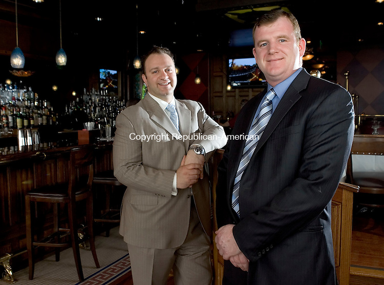 WATERBURY, CT- 22 APRIL 2008- 042108JT07-<br /> Owners Vasilios Kaloidis and Francis McCabe at Vintage Restaurant in downtown Waterbury on Tuesday, April 22.<br /> Josalee Thrift / Republican-American