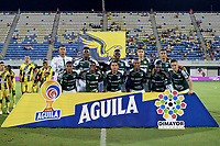 BARRANCABERMEJA - COLOMBIA, 15-11-2017: Jugadores del Cali posan para una foto previo al partido por los cuadrangulares semifinales de la Liga Águila II 2019 entre Alianza Petrolera y Deportivo Cali jugado en el estadio Daniel Villa Zapata de la ciudad de Barrancabermeja. / Players of Cali pose to a photo prior match for the quadrangular semifinals as part of Aguila League II 2019 between Alianza Petrolera and Deportivo Cali played at Daniel Villa Zapata stadium in Barrancabermeja city. Photo: VizzorImage / Jose Martinez / Cont
