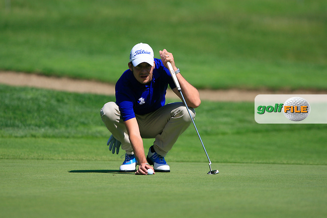 Simon Thornton (IRL) lines up his putt on the 6th green during Day 2 of the BMW Italian Open at Royal Park I Roveri, Turin, Italy, 10th June 2011 (Photo Eoin Clarke/Golffile 2011)
