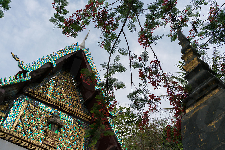 May 06, 2017 - Luang Prabang (Laos). View of a stupa and a little pagoda in the center of Luang Prabang. © Thomas Cristofoletti / Ruom