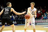 GRONINGEN - Basketbal, Donar - BSW Weert, Martiniplaza,  Dutch Basketball League, seizoen 2017-2018, 28-10-2017,  Donar speler Evan Bruinsma met BSW Weert speler Roel Aarts