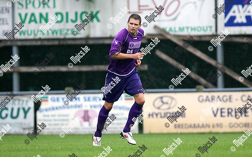 2010-08-07 / Seizoen 2010-2011 / Voetbal / Gooreind / Ward Van den Langenbergh..Foto: mpics
