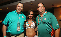 Miami Dolphins Cheerleader Holly Warden   with  Fans on the 25th September 2016 at  the Hard Rock Stadium Miami Florida