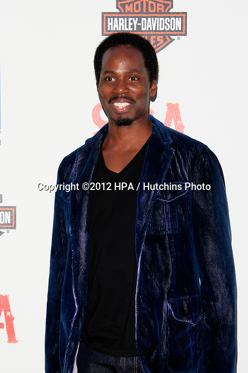 """LOS ANGELES - SEP 8:  Harold Perrineau arrives at the """"Sons of Anarchy"""" Season 5 Premiere Screening at Village Theater on September 8, 2012 in Westwood, CA"""