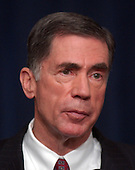 Former United States Senator Chuck Robb (Democrat of Virginia), Co-Chairman of the Commission on the Intelligence Capabilities of the United States Regarding Weapons of Mass Destruction meets reporters at the White House in Washington, D.C. on March 31, 2005. Their report is highly critical of the intelligence gathering community in the United States.<br /> Credit: Ron Sachs / CNP