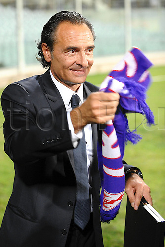 07.09.2010 Alberto Gilardino ended his 11-month goalscoring drought for Italy in a 5-0 European qualifying triumph over the Faroe Islands. Picture shows Cesare Prandelli former manager of Fiorentina.